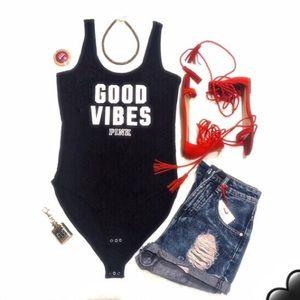 VSpink GOOD VIBES bodysuit 😎